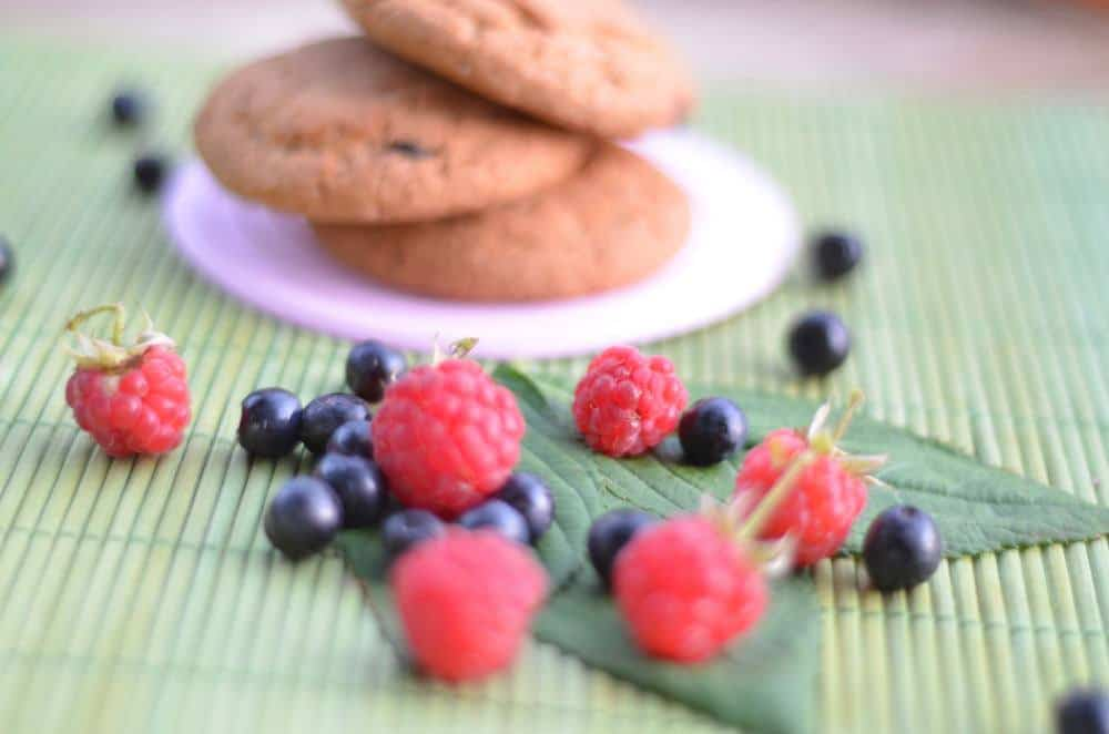 Top Desserts: Razzle Dazzle Raspberry Almond Muffin Tops